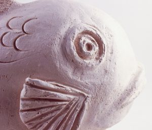 bisqued_fish_detail